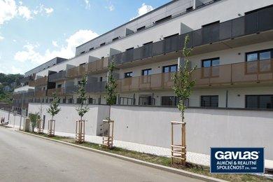 Pronájem 1+kk, 26 m², předzahrádka 18 m² , Praha 5 - Jinonice, Waltrovka., Ev.č.: 223408