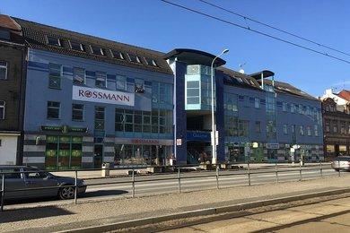 Obchodní dům v centru Litvínova, 70 % pronajato, Ev.č.: 254292