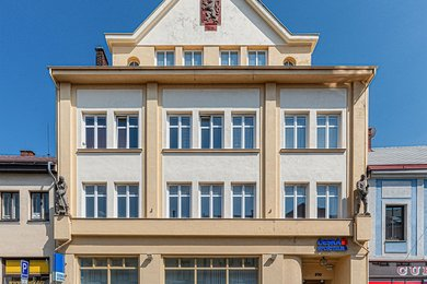 Prodej pronajaté komerční budovy s pobočkou České spořitelny, 1087m2, Chotěboř, Ev.č.: CS1904