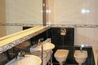 koupelna s WC a bidetem