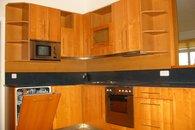 kuchyň pohled do rohu