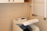 koupelna - pračka a topný žebřík