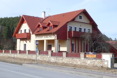 Penzion u Českého Krumlova (406 m2) a pozemky 15 364 m2, Ev.č.: CSDD1719