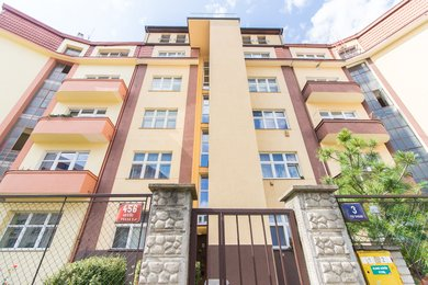 Byt 1+1 (48 m2) se sklepní kójí, Praha 5 – Košíře, Pod Školou 456/3, Ev.č.: P5845605G