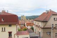 Výhled z oknaVýhled z okna b