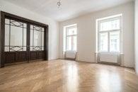 4. Obývací pokoj c