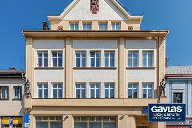 Prodej pronajaté komerční budovy s pobočkou České spořitelny, 1088m² - Chotěboř, Ev.č.: CS1904b