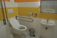 11 toalety pro zakazniky 1.NP