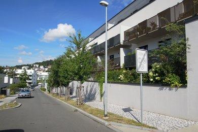 Pronájem 1+kk, 26 m², předzahrádka 18 m² , Praha 5 - Jinonice, Waltrovka., Ev.č.: 223387