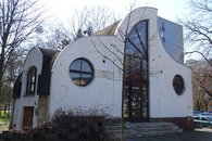 3.  Komerční objekt, ul. Olomoucká, Opava
