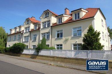Pronájem 2+kk,  63 m², předzahrádka (56 m²), parkovací místo, Ev.č.: 202226