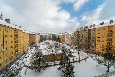 Pronájem zrekonstruované garsonky, 18 m², Praha - Žižkov, J. Želivského, Ev.č.: P3V2176815