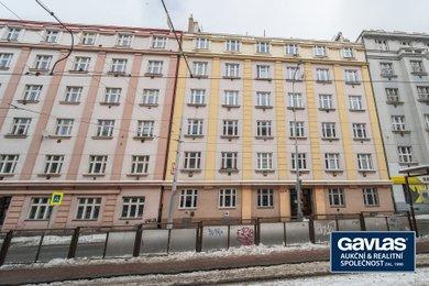 Pronájem zrekonstruovaného 1+kk (20 m2) se sklepní kójí, Praha 3 - Žižkov, Jana Želivského 18, Ev.č.: P3V2176829