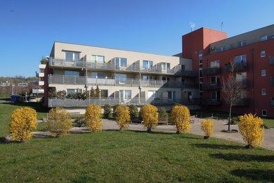 Pronájem zařízeného 1+kk, balkon, sklep, 31 m2, Praha 5 - Jinonice, Za Zámečkem, Ev.č.: 223401
