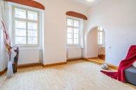 10. Malá Strana - obývací pokoj 5
