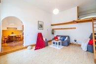 8. Malá Strana - obývací pokoj se spacím patrem 2