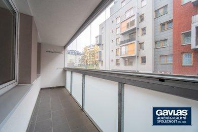 Pronájem zrekonstruovaného 3+1/L se sklepem, 73 m², Praha - Žižkov, Jeseniova, Ev.č.: P3V490905