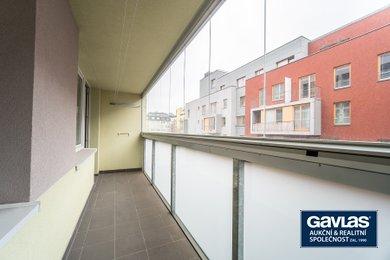 Pronájem zrekonstruovaného 3+1/L se sklepem, 73 m², Praha - Žižkov, Jeseniova, Ev.č.: P3V490912