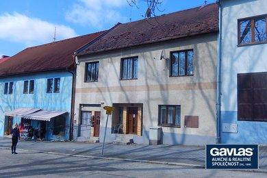 Dům se dvěma byty a komerčními prostory  u Lipenské přehrady, Ev.č.: CSDD220