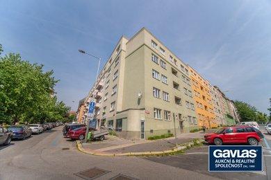 Pronájem zrekonstruovaného 1+1, 42 m², sklep, Praha - Vinohrady, Hollarovo nám. 1, Ev.č.: PCV5225802