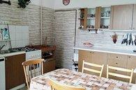 9 kuchyně