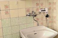 13 koupelna s WC