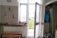 10 kuchyně vstup balkon