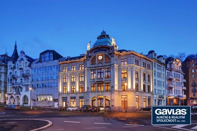 Obchodní palác Sparkasse Karlovy Vary – u Vřídelní kolonády, Divadelní náměstí, Ev.č.: DP1102021
