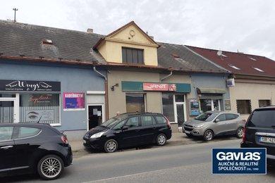 Dům se 4 samostatnými komerčními prostory s vlastním vstupem z frekventované ulice, Ev.č.: CSDD2120