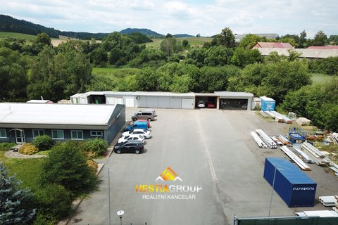 Obchodní prostory, 267m², Libchavy - Dolní Libchavy