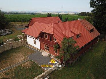 Prodej luxusního rodinného domu 7+1, 386 m2, Vlčkov