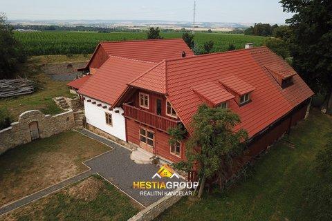 Rodinné domy, 386m², Vlčkov