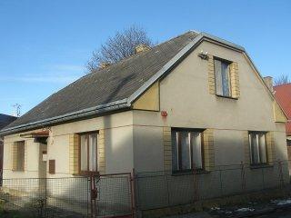 Prodej, rodinný dům 4+1, 370 m2, Polička