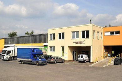 Skladové prostory 1500 m² včetně zázemí a kanceláří - ul.Belgická Rýnovice, Ev.č.: 00378