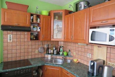 REZERVACE Pěkný byt 2+kk /2xL -40 m2 v centru, Ev.č.: 00400