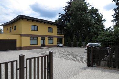 Velmi pěkné kanceláře ul. Ladova vč.parkování, Ev.č.: 00474