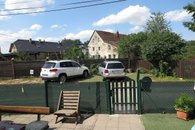 parkování před domem