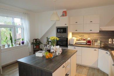 REZERVACE Velmi pěkný byt 3+1 na krásném místě se zahradou, Ev.č.: 00490