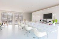 7.obytný prostor s kuchyní přízemí