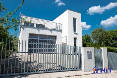 Atraktivní rodinný dům 255 m2 - Praha 6, Nebušice, Ev.č.: 00520