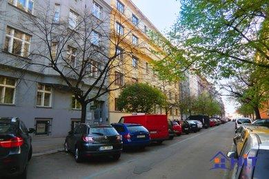 Pronájem, Byty 2+1, 58m² - ul. Čajkovkého, Praha, Ev.č.: 00526