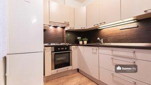 Prodej bytu 3+1, 75,9 m² + garáž - Pardubice