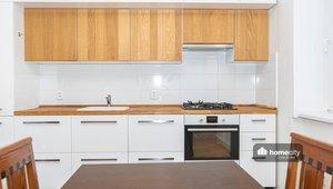 Prodej bytu 3+1 - 74,46 m² - Palackého třída 2419 - Pardubice, Zelené Předměstí