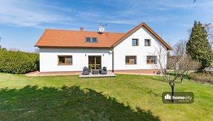 Prodej rodinného domu 376 m² a zahrady 5 242 m²- Holetín - Horní Holetín