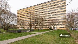 Prodej bytu 3+1 s lodžií a komorou, 71 m² - Praha - Braník