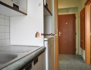 Dlouhodobý pronájem bytu 2+kk, vilová čtvrť, metro Pankrác, Praha 4 - Nusle, ul. NAD NUSLEMI