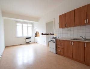 Dlouhodobý pronájem zrekonstruovaného bytu 2+kk, metro Vyšehrad, ul. Žateckých