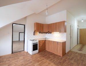 Dlouhodobý pronájem podkrovního bytu 2+kk, metro Vyšehrad, ul. Žateckých