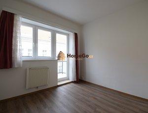 Dlouhodobý pronájem bytu 1+kk, Praha 10 - Vršovice, ul. Sevastopolská, mhd Krymská