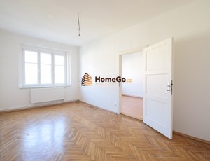 Dlouhodobý pronájem bytu 2+kk, metro Vyšehrad, od srpna, ulice Žateckých